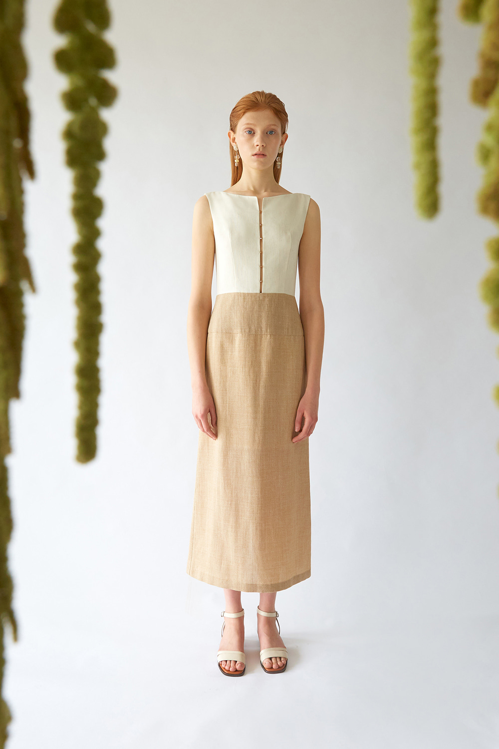 [주문제작] SS19 FRONT BEADED BEIGE DRESS