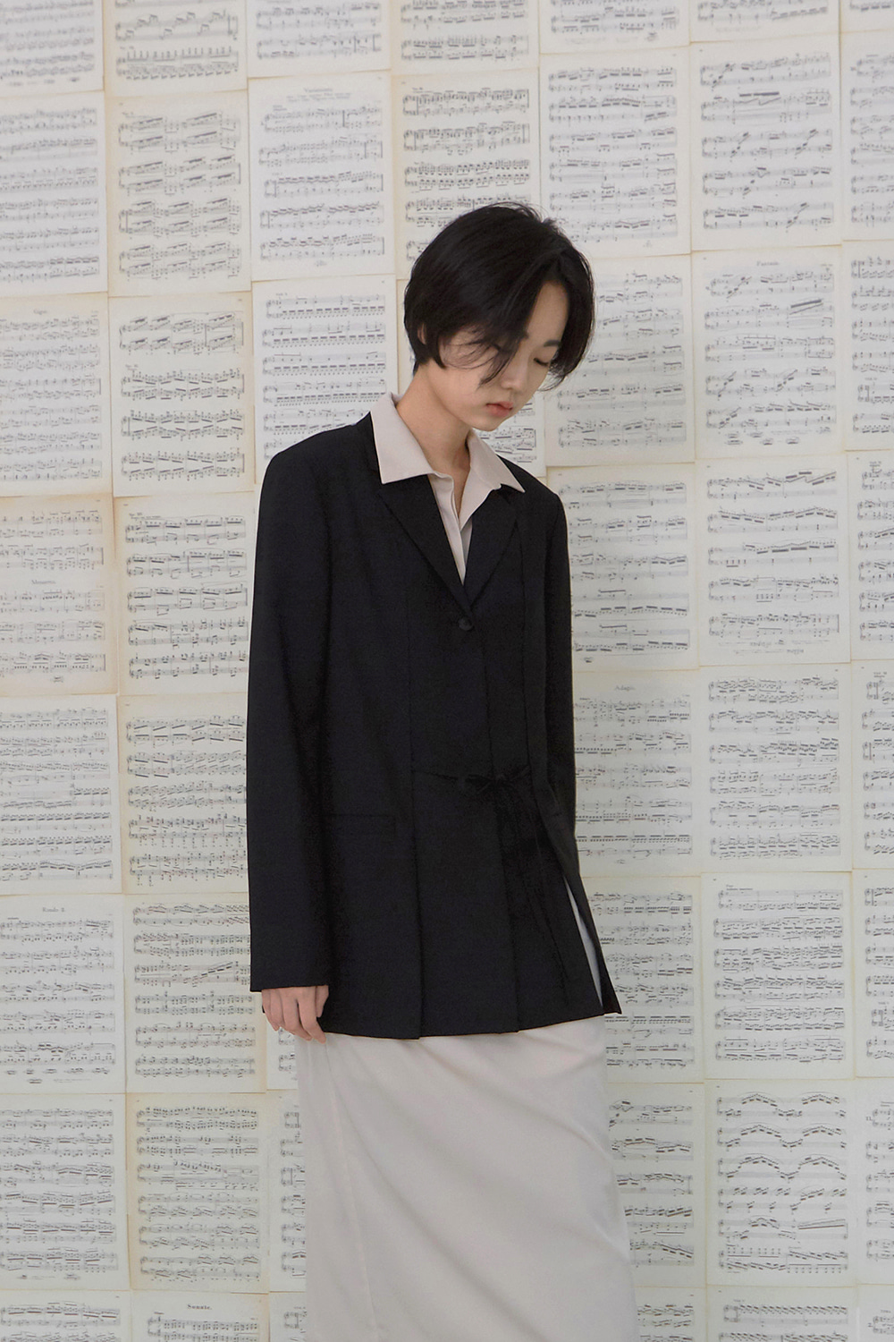 Belted Slit Wool Jacket (black)