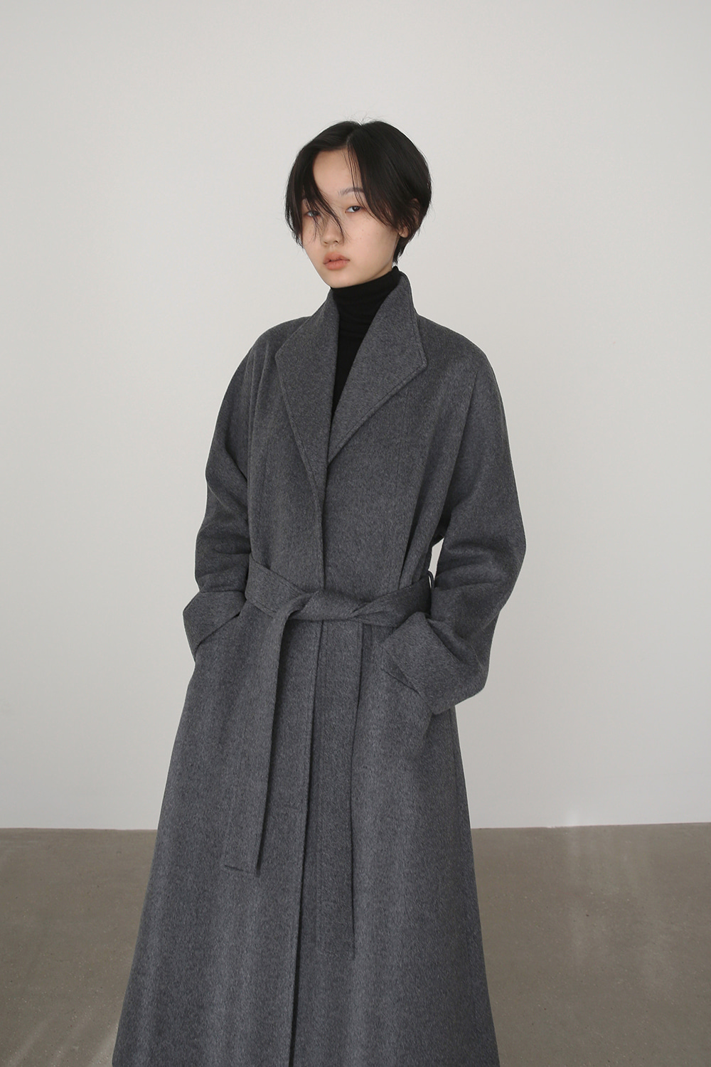 [주문제작] AW19 WING COLLAR A-LINE COAT (CHARCOAL)