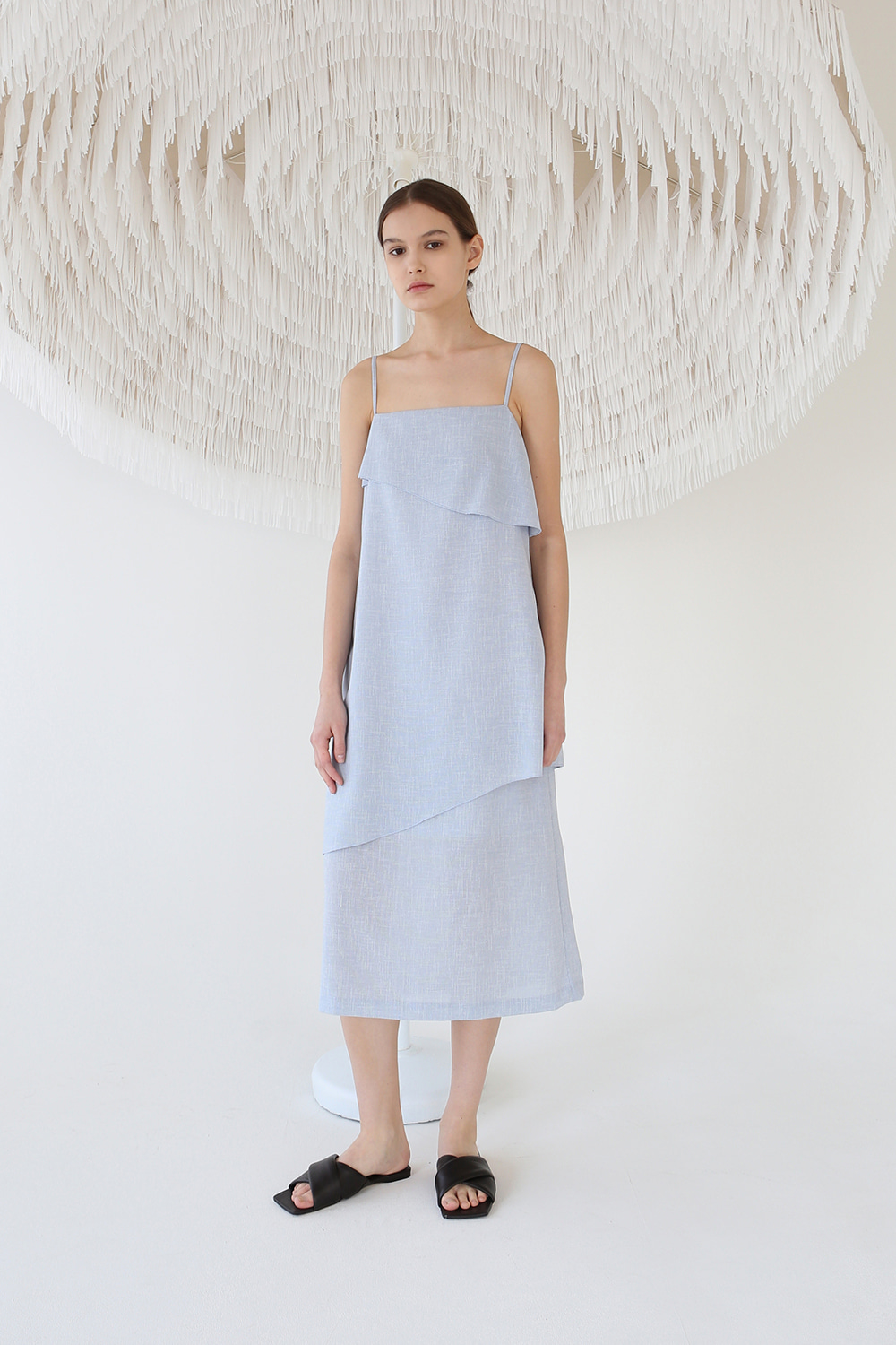 20SS TEXTURED LAYER STRAP DRESS (LIGHTBLUE)