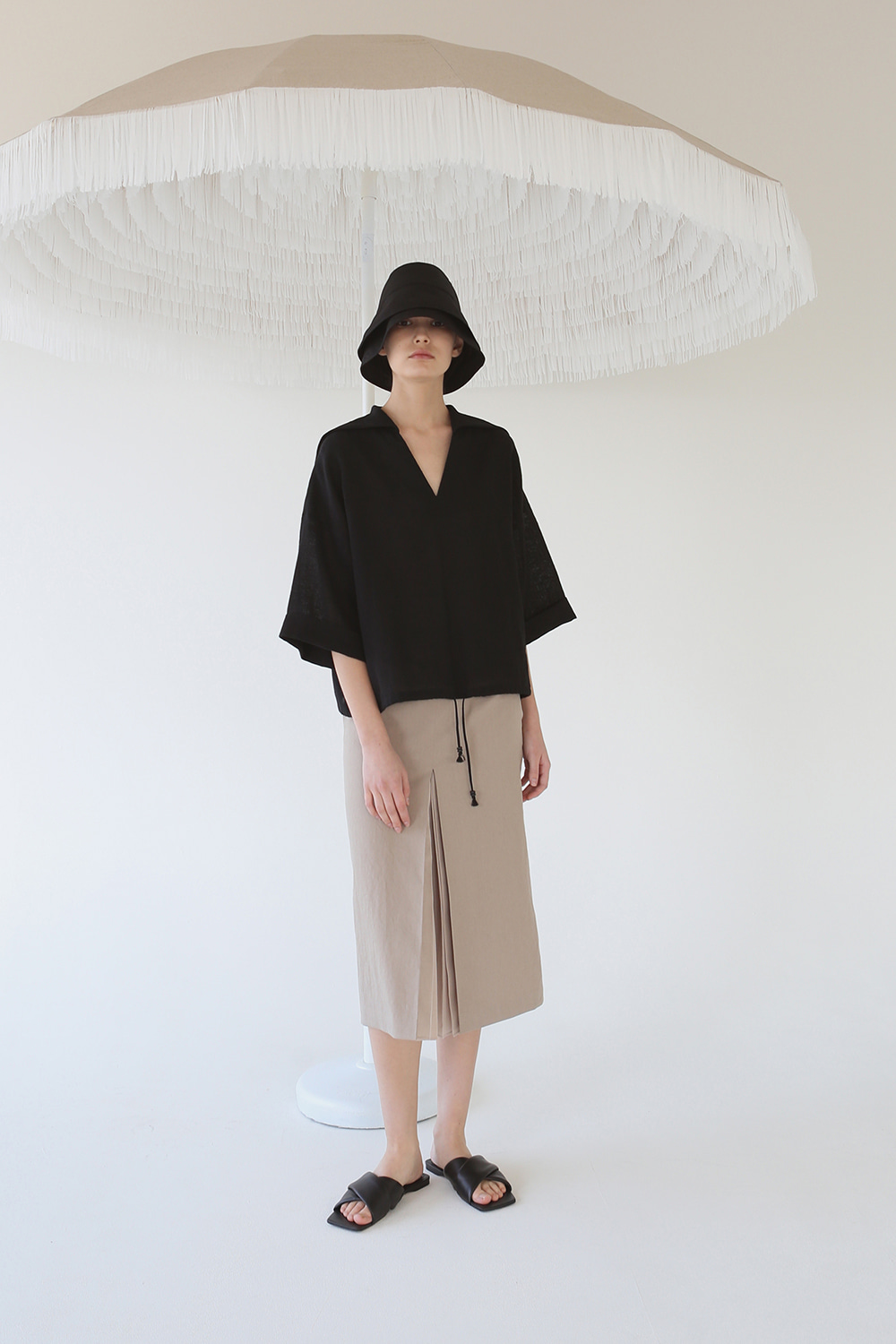 20SS SHEER PLEATED LINEN SKIRT (TAN)