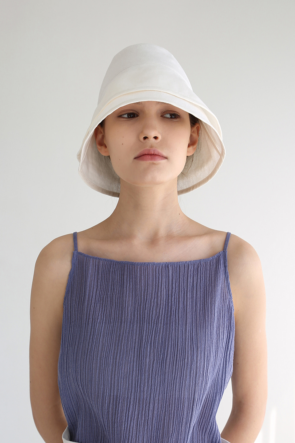 Layered Linen Bucket Hat (ivory)