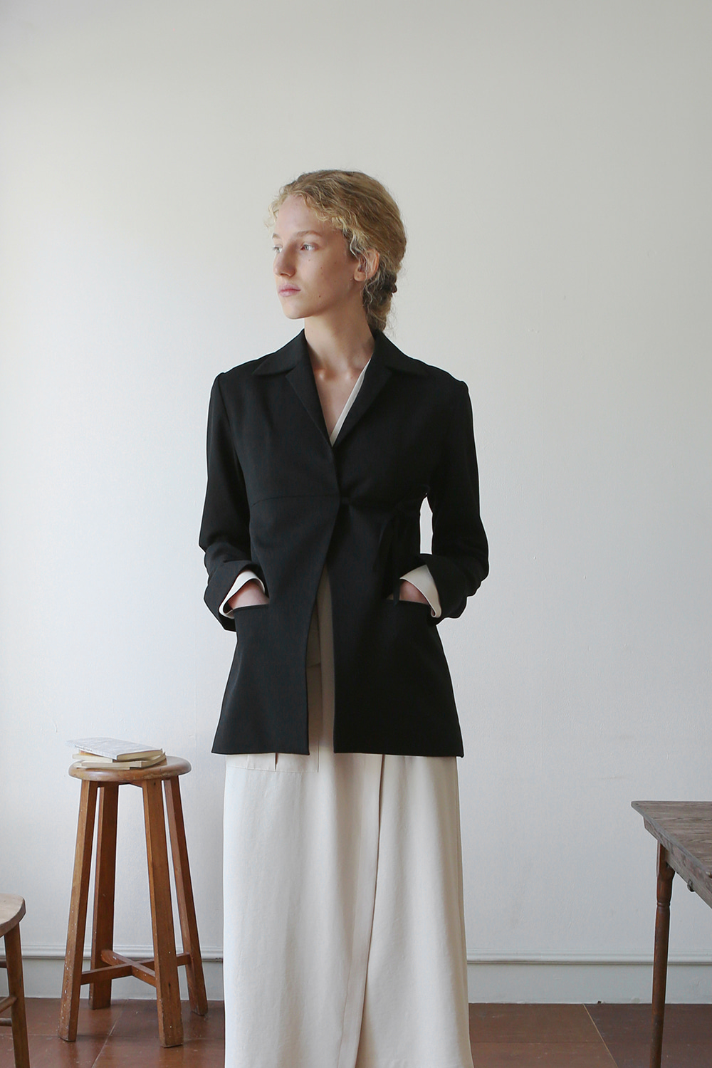 Agnes Wrap Wool Jacket (black)